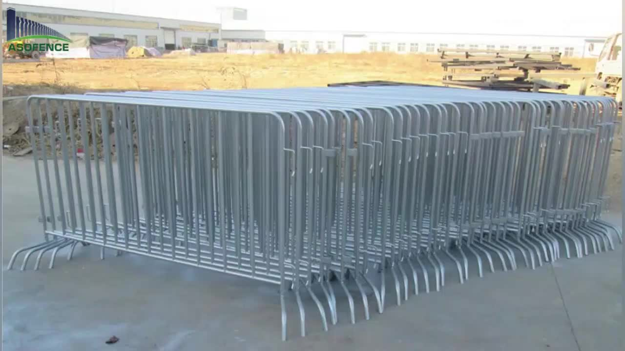 beautiful yellow colorAKZONOBEL powder coated  steel crowd control barrier widely used for traffic