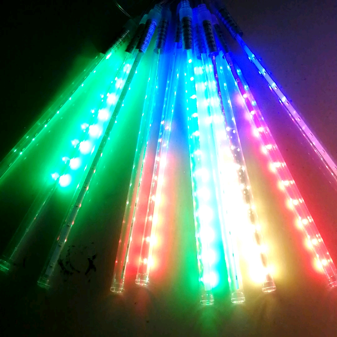 Hot Sale Waterproof Solar LED Meteor Shower Light 50cm RGB Outdoor Solar Christmas Meteor Tree Lights for Party Decoration