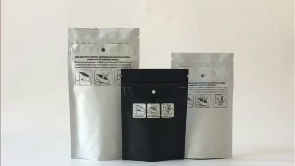 Customized Newest Matte Material Velvet Texture Smooth Feels Laminate Film Mylar Soft Touch Plastic Packaging Bags