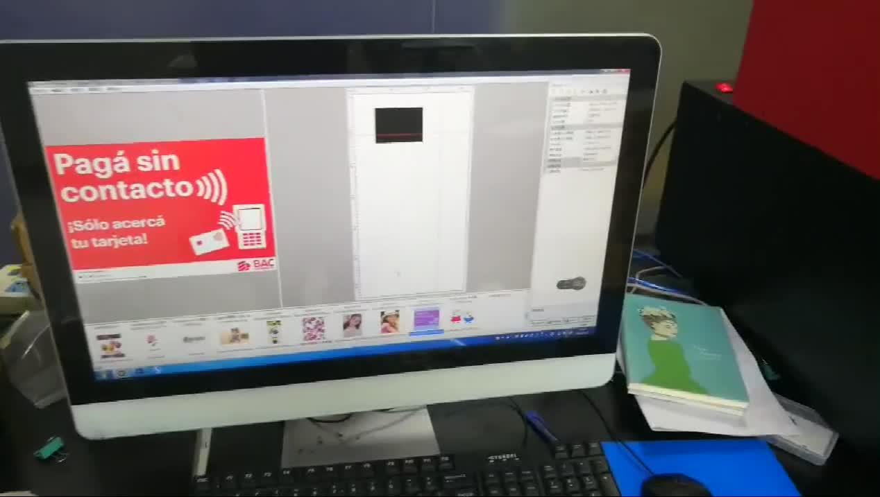 Automatische en Multicolor sticker afdrukken machine UV Printer voor id-kaart telefoon case