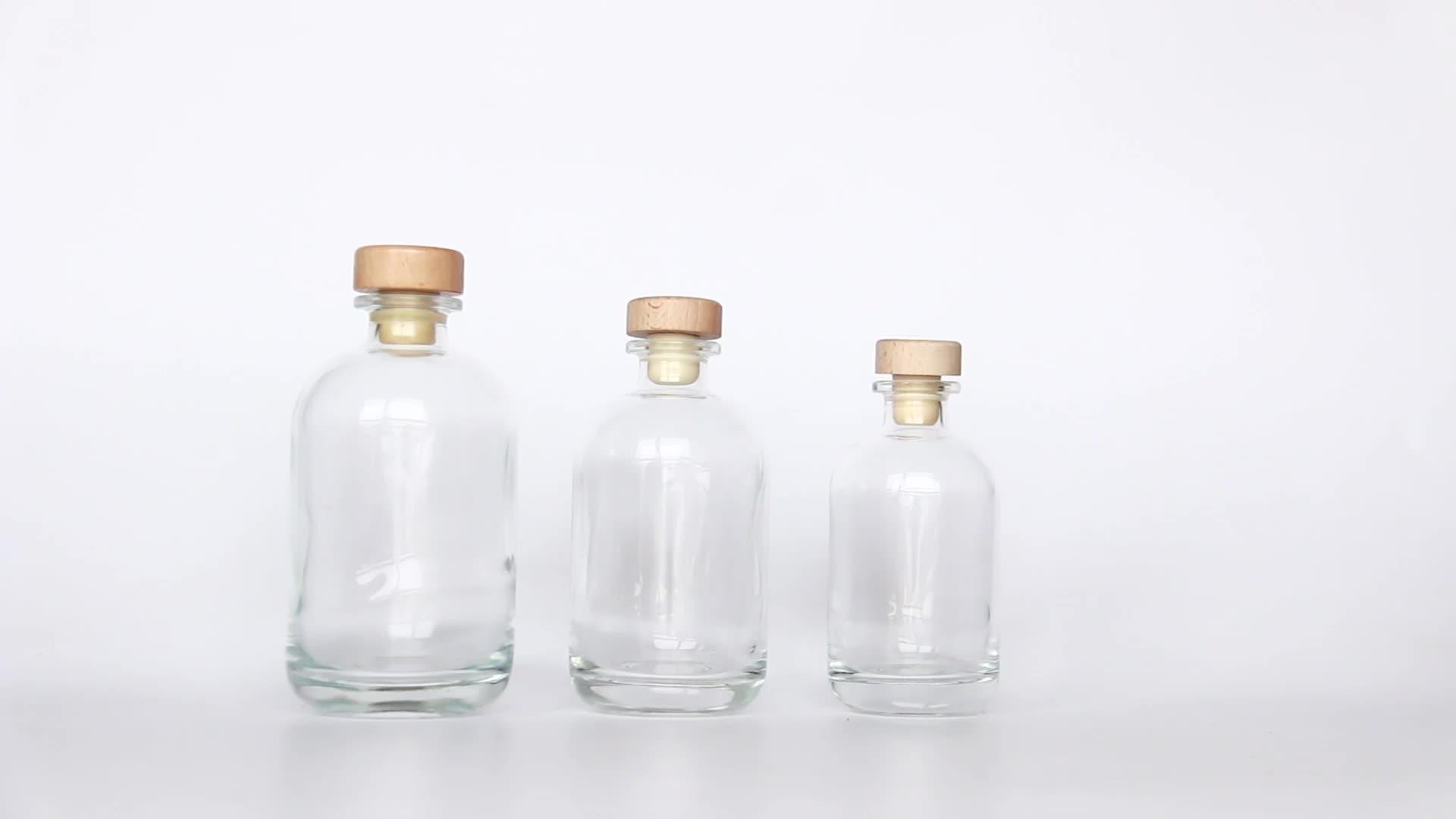 Kualitas Tinggi Frosted 250 Ml 375 Ml 500 Ml 8 Oz 12 Oz 16 Oz Gin Botol Kaca dengan Kayu cork Stopper