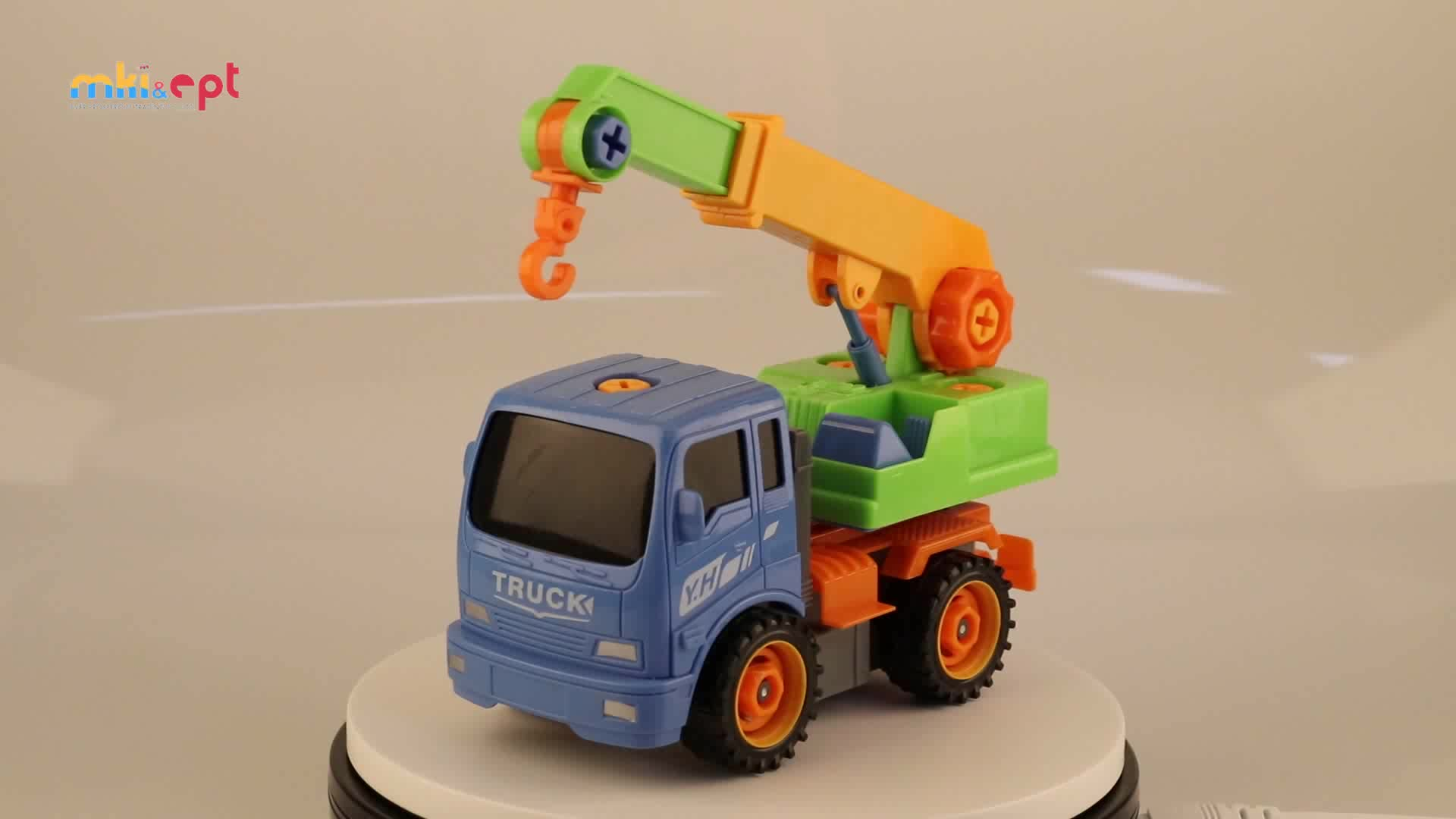 2018 New DIY Toy Crane Truck Friction Car Assembly Kit With Tools For Kids