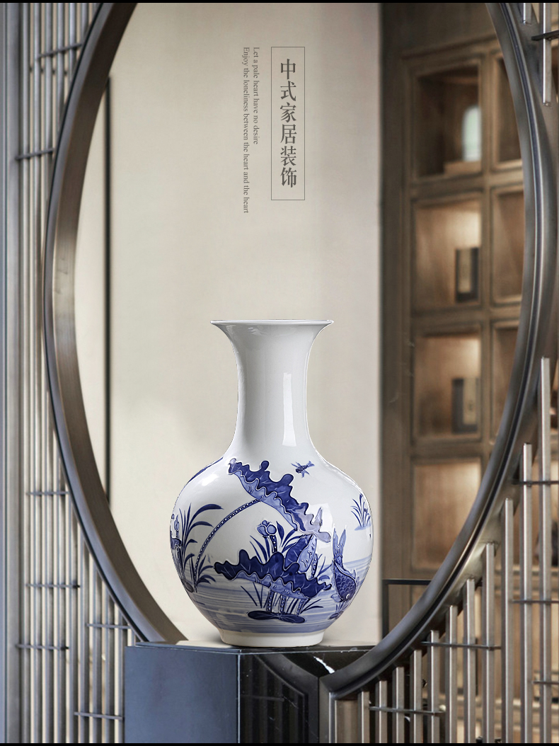 Jingdezhen ceramics hand - made reliefs of blue and white porcelain vase furnishing articles of Chinese style living room porch household flower decorations