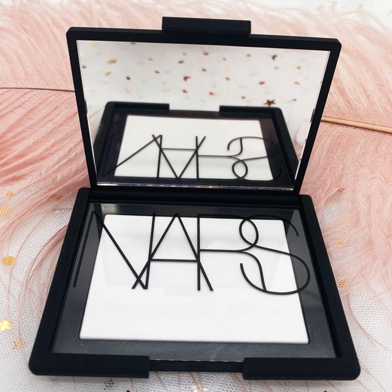 Nas NARS nude nhẹ mật ong phấn trang điểm kiểm soát dầu lỏng bột kéo dài trong suốt nude trang điểm rõ ràng dịch vụ truy cập chính hãng 7g - Quyền lực