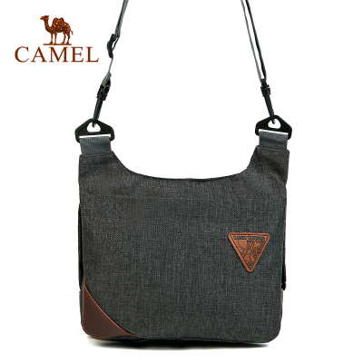 'Broken code clearance' camel outdoor men and women oblique shoulder bag widened webbing 5L capacity casual bag