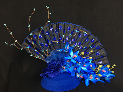 Blue T-Stage Model Walking Show Stage Performance Exaggerated Fan Headdress Forest Photographic and Photographic Accessories