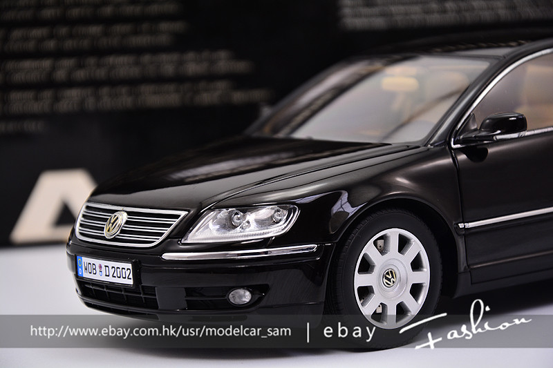 autoart 1 18 volkswagen phaeton w12 6 0 black ebay. Black Bedroom Furniture Sets. Home Design Ideas