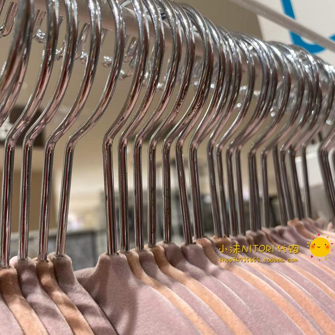 尼达利专柜正品超实惠粉黄色绒面带内置钩防滑衣架网红详细照片
