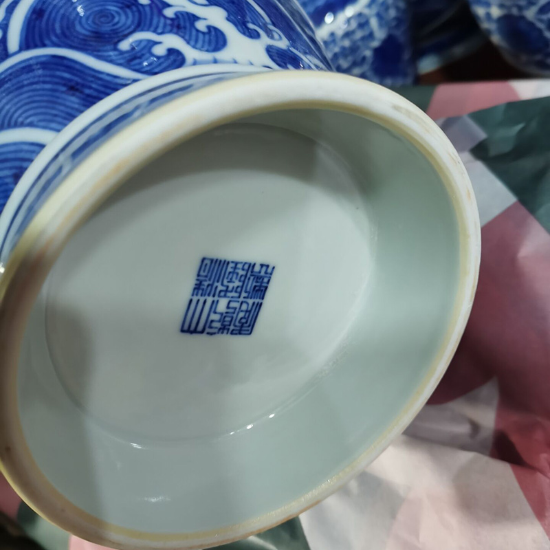 Jingdezhen imitation the qing dynasty imperial dragon Cao Long grain blue and white garlic garlic vase display vases, 35 cm high