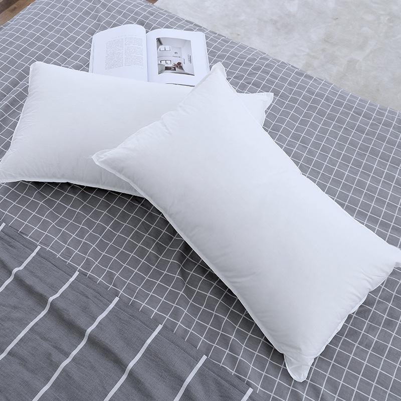 Màu trắng tinh khiết của khách sạn năm sao gối đơn đôi 2,5 kg / cái Gối lông nhung mềm mại tùy chỉnh độc quyền - Gối