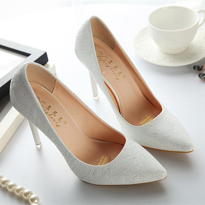 亮片银色高跟鞋尖头细跟浅口女单鞋夜店百搭性感宴会婚鞋伴娘鞋