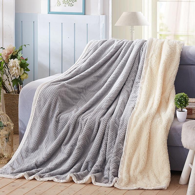 毛毯被子法兰绒单人宿舍学生加厚保暖加绒冬季双人珊瑚绒毯子床单天猫超市优惠券照片