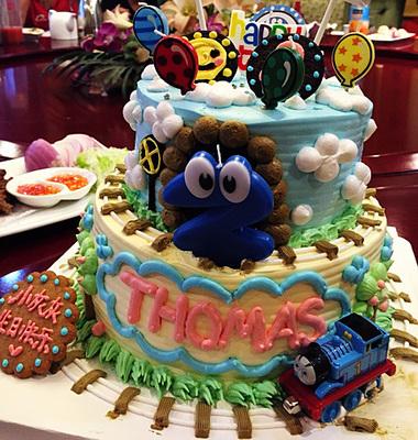 双层托马斯百日周岁纪念场景儿童宝宝卡通生日蛋糕青岛同城配送货