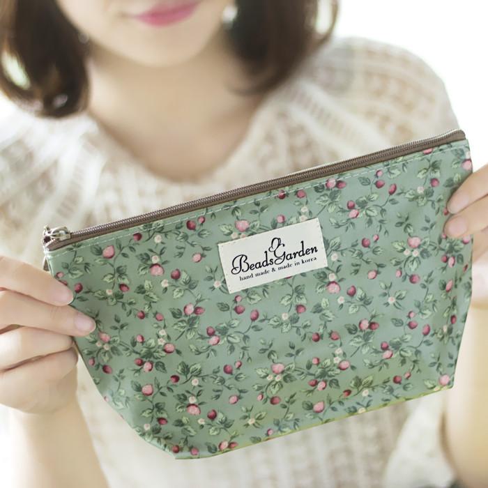 韩国收纳正品DAMS防水复古小a正品花朵化妆包袋进口包洗漱包便携小