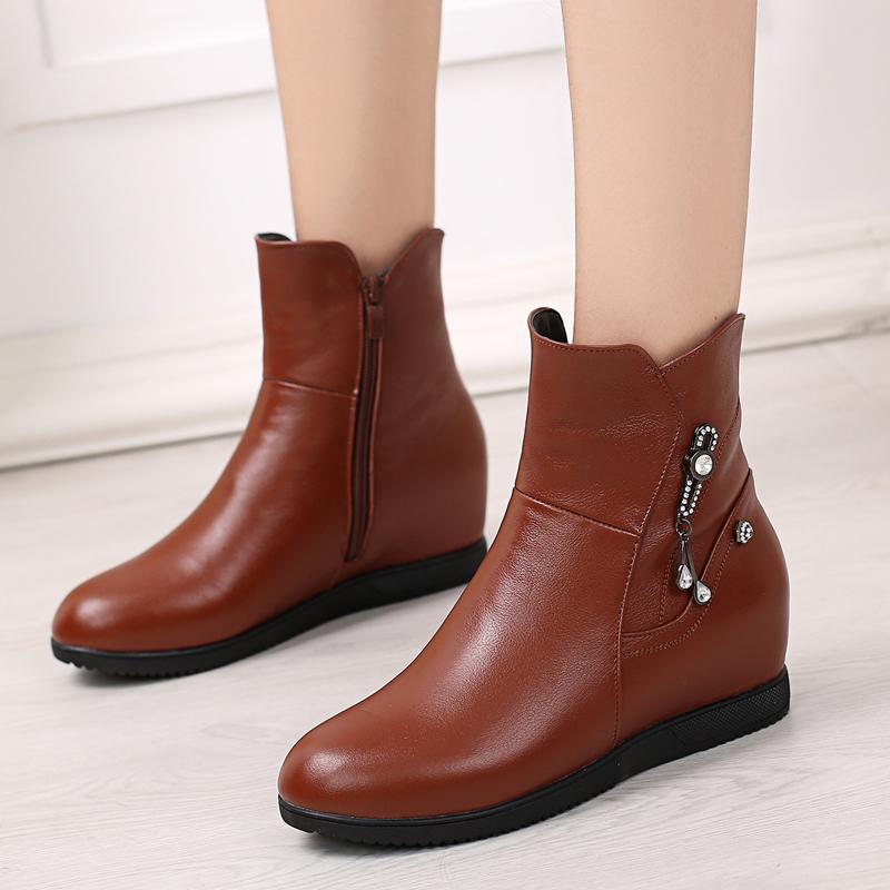 2019新款皮靴单靴子春秋冬靴平底内增高小女靴真女鞋坡跟大码短靴