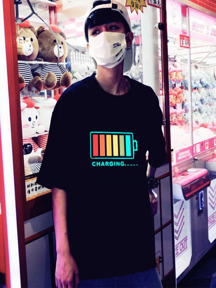 抖音同款衣服:发光的电池充电T恤