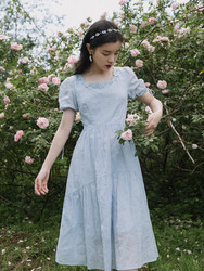 Summer French niche literature and art retro gentle wind square neck puff sleeves high waist cover belly slimming haze blue dress