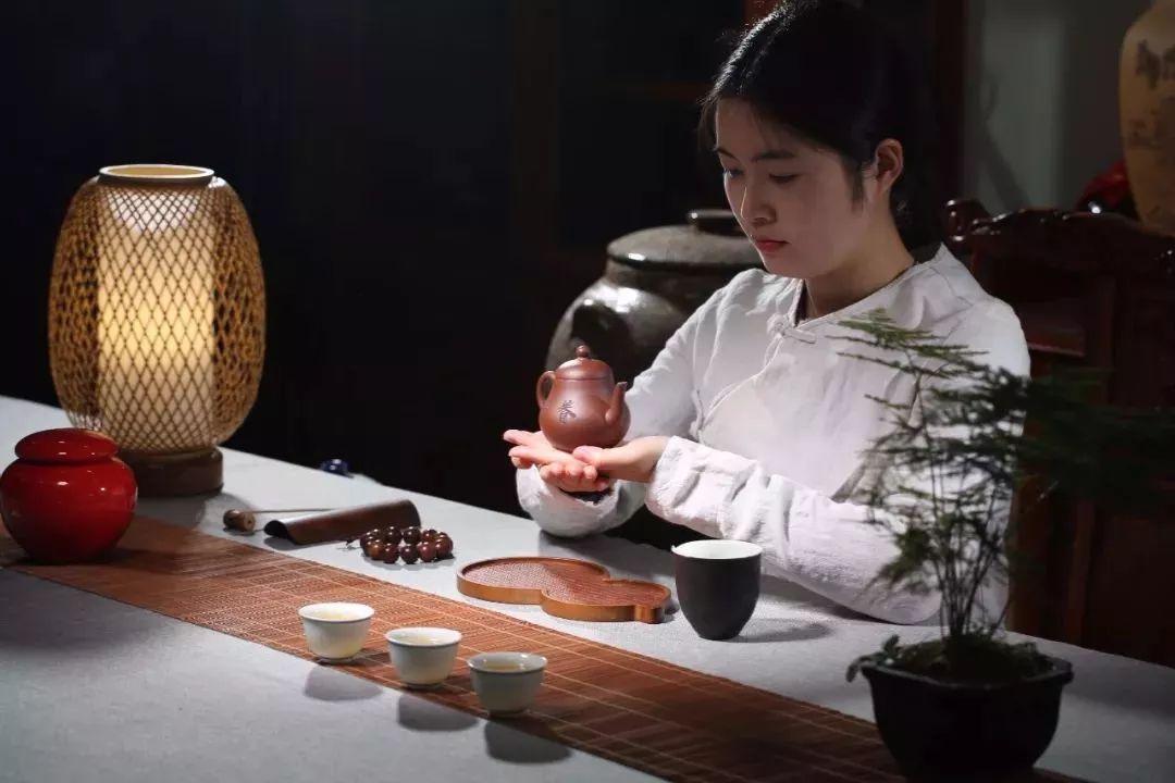 同样是普洱茶,散茶与饼茶为何口感不同?