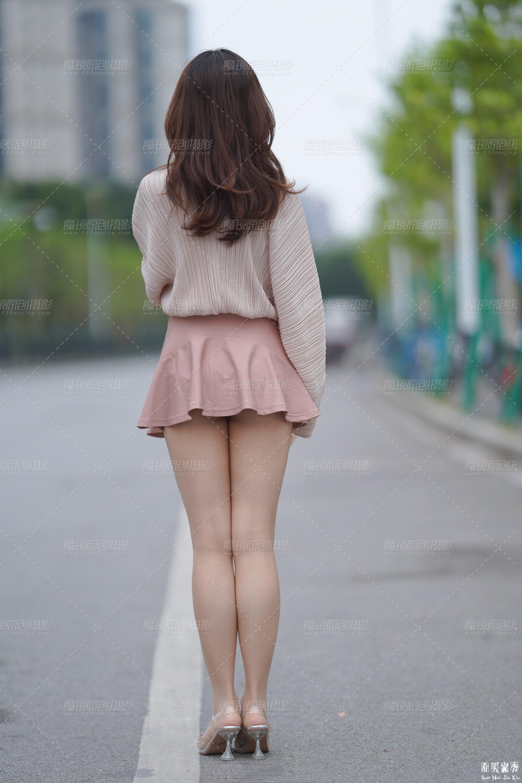 [街拍美女]街拍超短裙露臀美女12