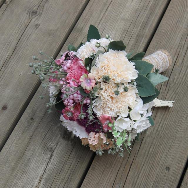 新品白色伴娘手捧花婚礼v新品花束粉色道具婚纱摄影新娘拍照手捧花