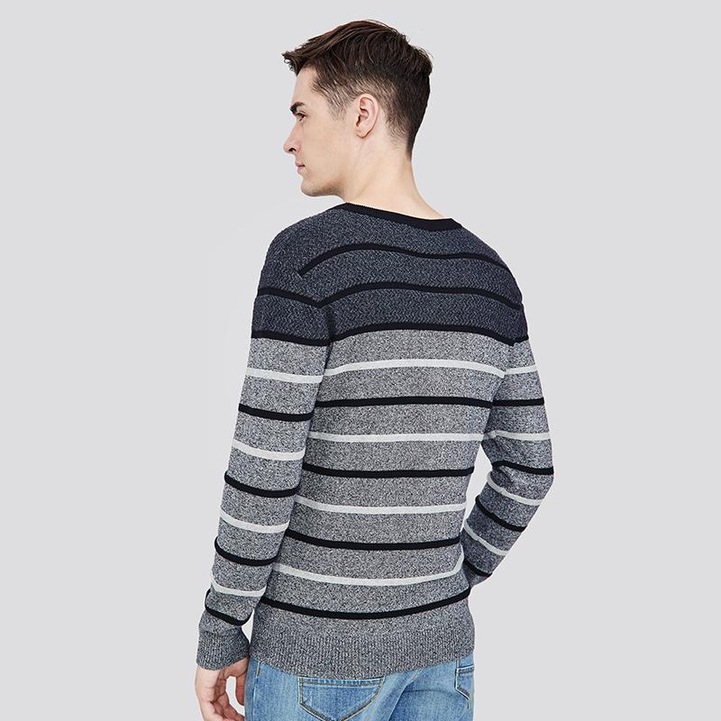 【骆驼男装】时尚打底针织衫