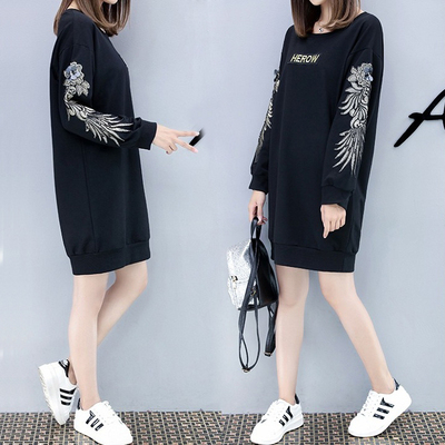 2017 autumn and winter large size women's long embroidery sweater dress 200 pounds fat mm loose was thin long sleeve