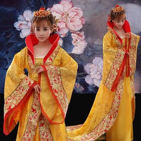 Empress Wu Zetian's costume of Tang Dynasty