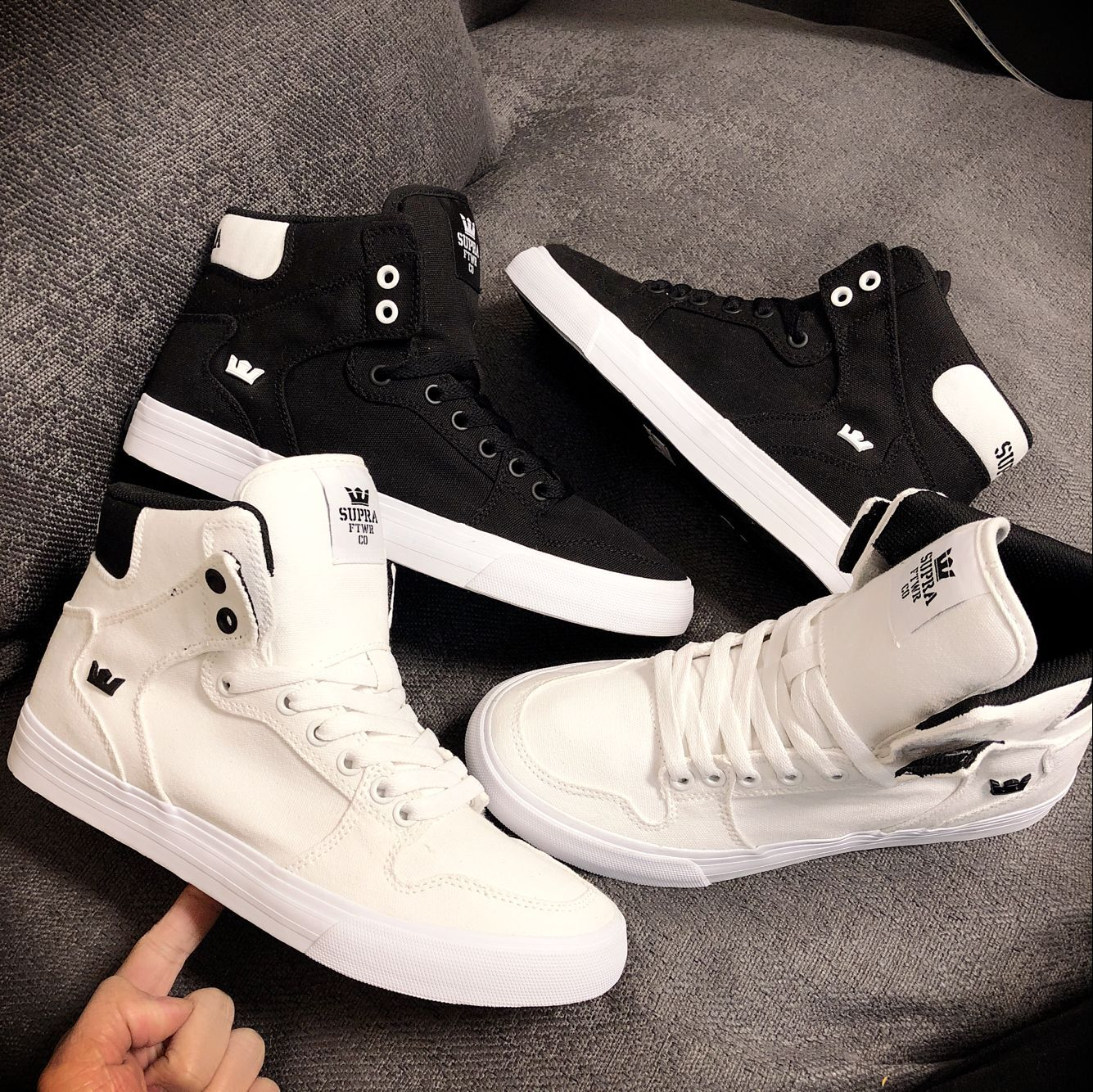 5e68262a80 Mu Mu Supra Vaider black and white canvas men's high-top shoes large tongue  wild casual shoes