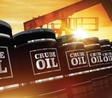 """油价飙升至2月份以来的最高水平,此前沙特承诺自愿将石油日产量额外削减100万桶,俄罗斯副总理称这是给市场的""""新年礼物""""..."""