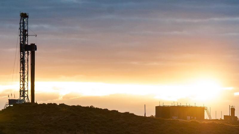 高盛:今年页岩产量增长将超过原油需求增长50万桶/天,将限制油价上涨