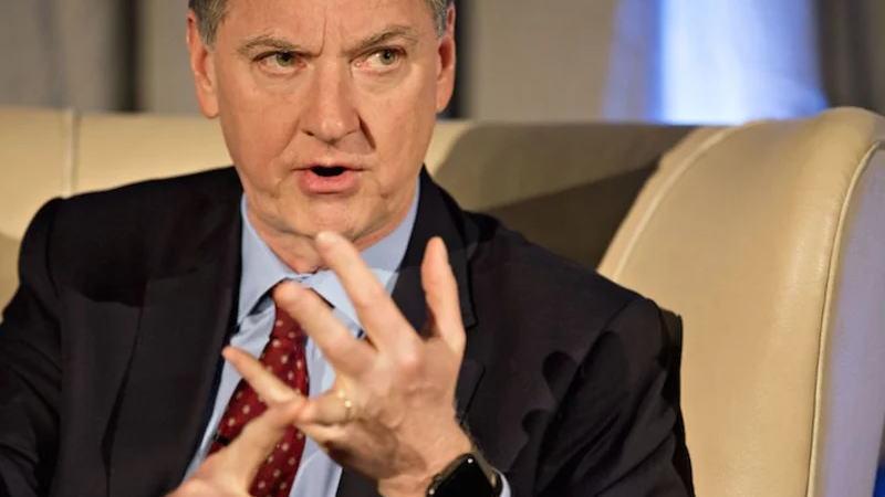 美联储仍在实现通胀目标的道路上步履蹒跚,一位官员呼吁采取积极行动