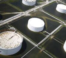 EIA原油市场周报:原油库存小幅增加,汽油库存意外大幅下降,成品油过剩担忧缓解,进口大幅下降,数据利多