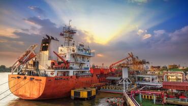 天气导致港口关闭,利比亚石油产量将减少15万桶/天