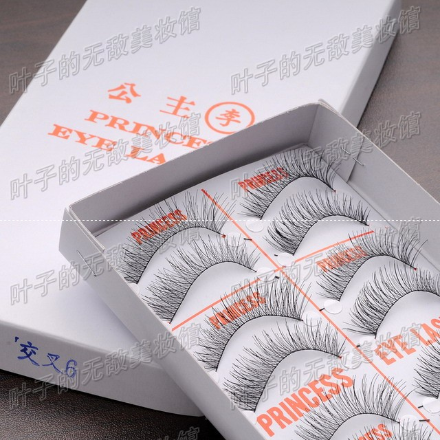 Red crown specials Taiwan direct delivery ~ woman I Queen false eyelashes genuine princess Li cross 6
