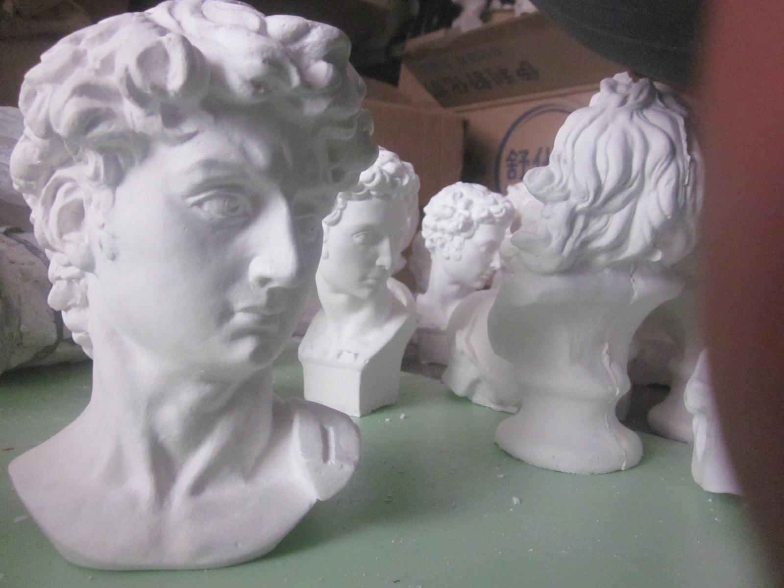 Гипсовая статуя 迷你石膏像树脂小大卫石膏像另有树脂材料的迷你石膏像每个20元