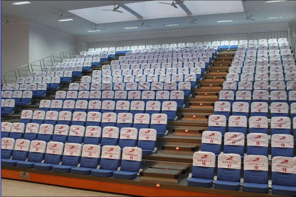 Кресла для кинотеатров Condi