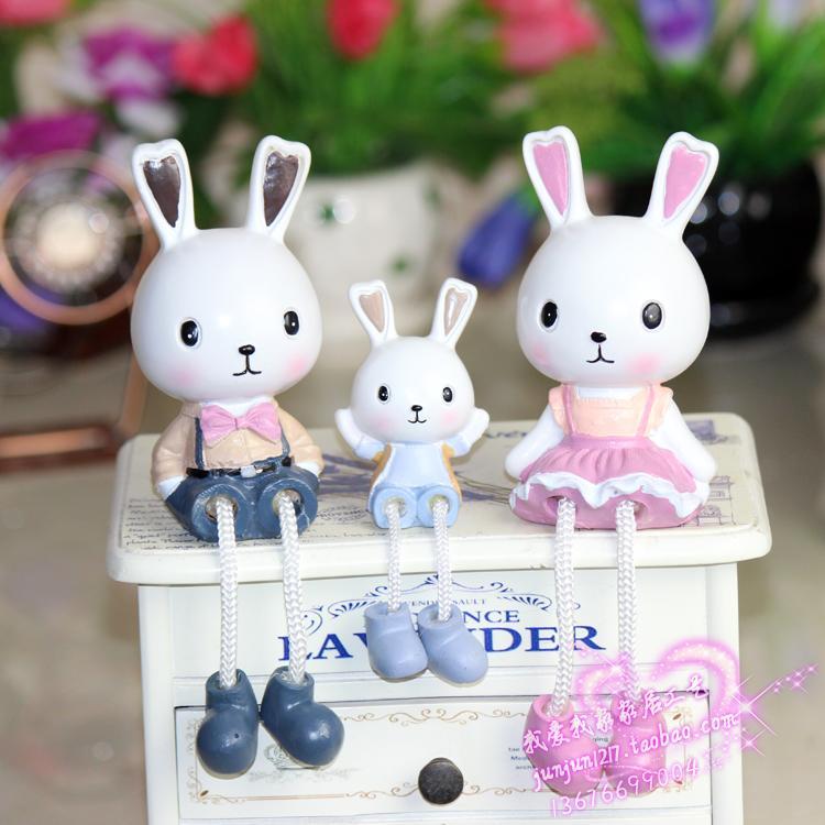 创意吊脚娃娃现代简约树脂工艺品 兔子一家三口家居装饰酒柜摆件