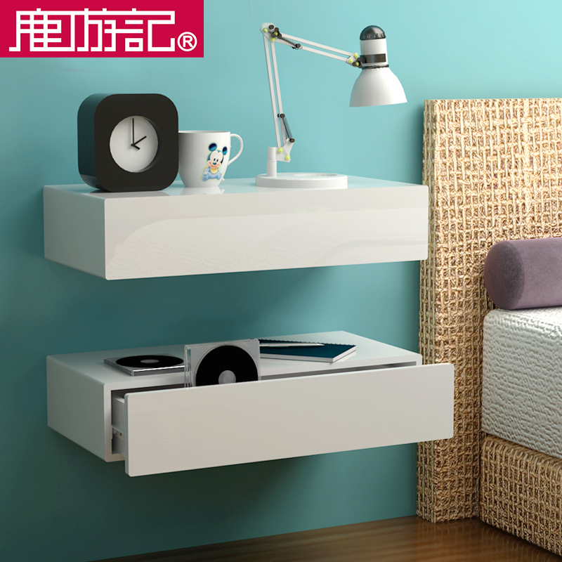 Head bed cabinet shelf wall hanging wall wall partition room ...