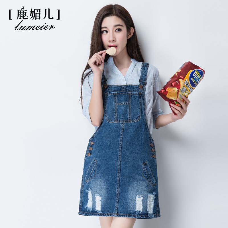 韩版口袋破洞牛仔背带裙女装学生宽松大码显瘦连衣裙半身吊带短裙
