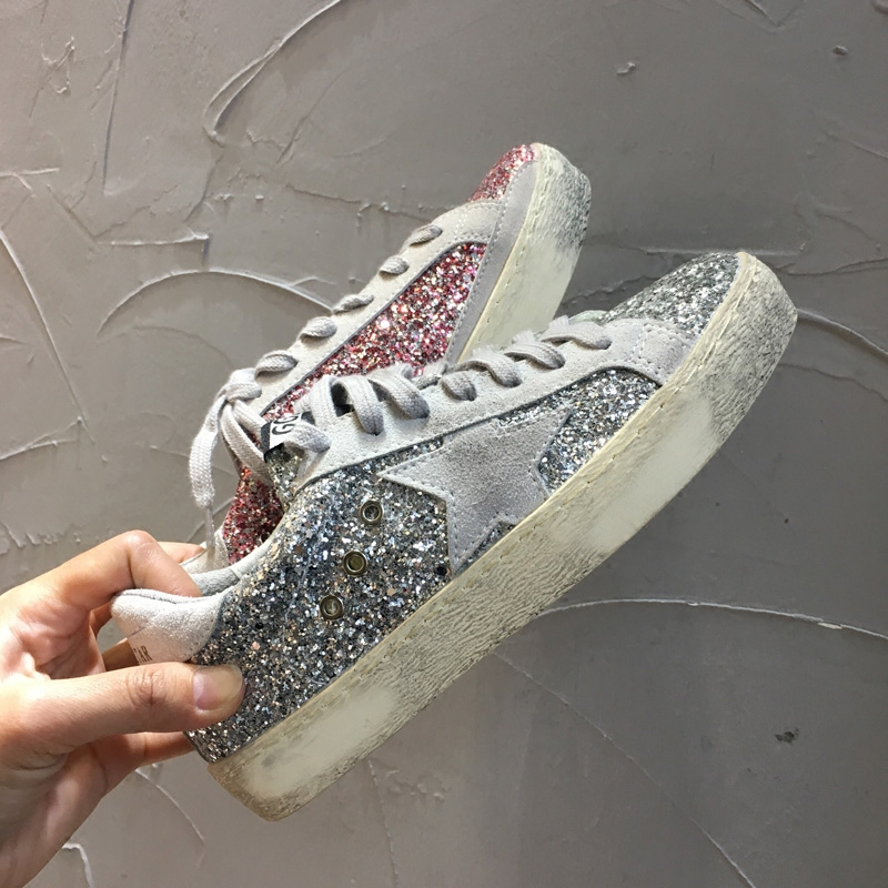 South Korea's Dongdaemun women's shoes 2018 spring and autumn new college with five-pointed stars sequins retro small dirty shoes shoes