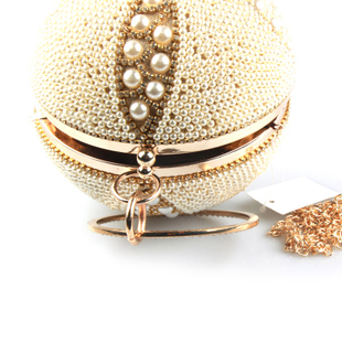 2018 new large pearl spherical bag slung handcuffs small fragrance chain bag female round ball package evening bag diagonal