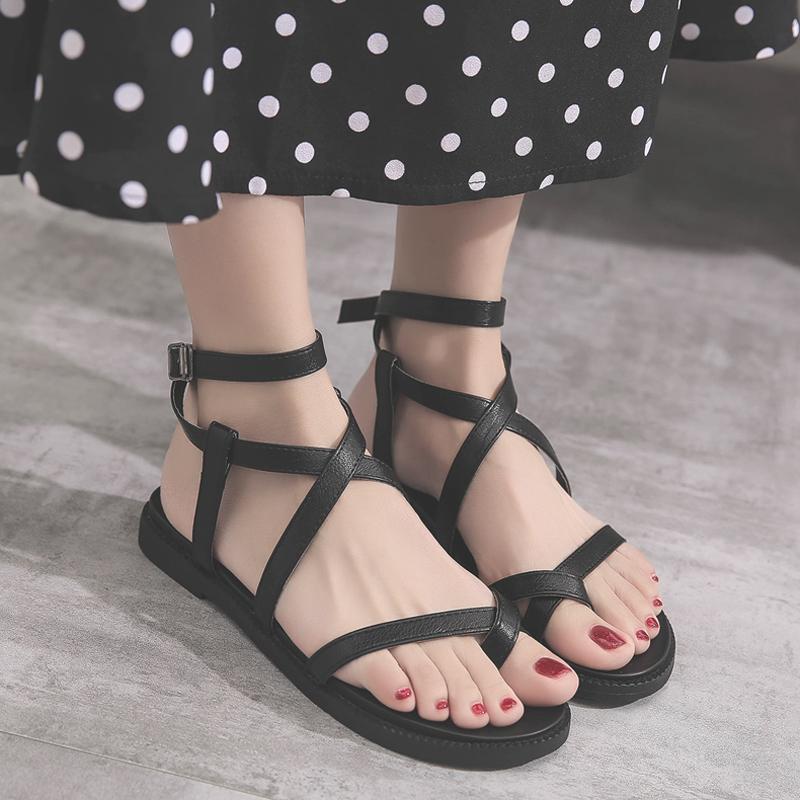清爽不油腻才叫夏天,凉鞋你穿对了吗 服装 第1张