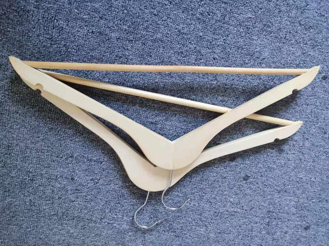 《【汇聚广西】四喜家用实木衣架》