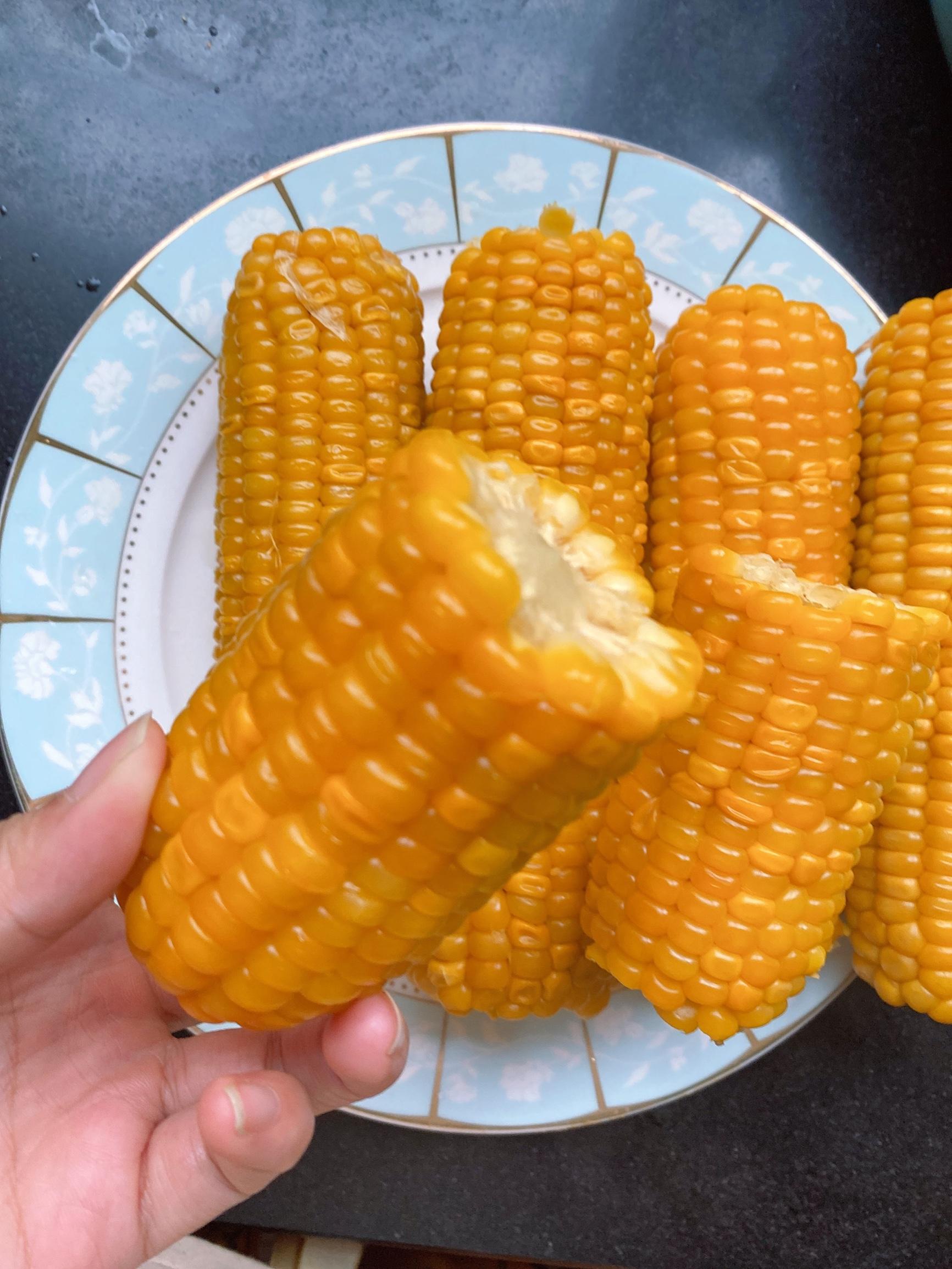 【220克*8根】东北甜糯大棒真空粘玉米