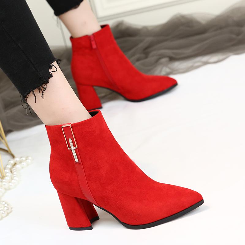小短靴女2018新款高跟鞋尖头百搭女靴马丁靴粗跟时尚裸靴红色婚靴