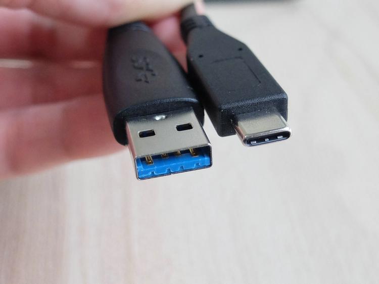 原装LaCie Porsche Design P9227 USB-C移动硬盘USB3.0 toType-c数据线