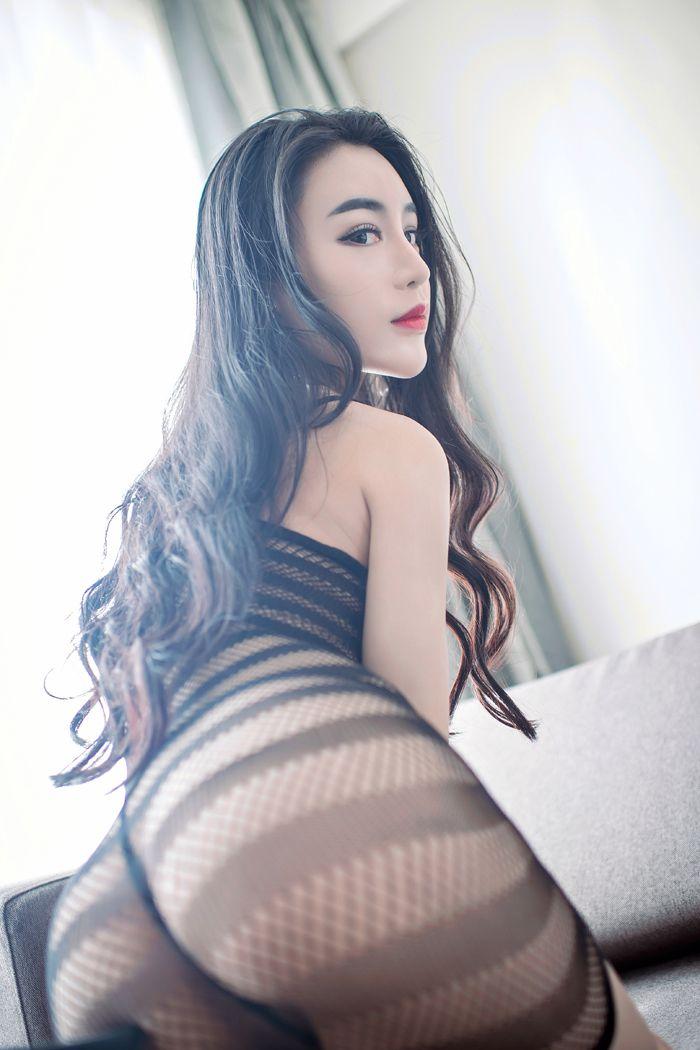 福利美图_性感尤物陆梓琪蕾丝搔首弄姿妩媚动人