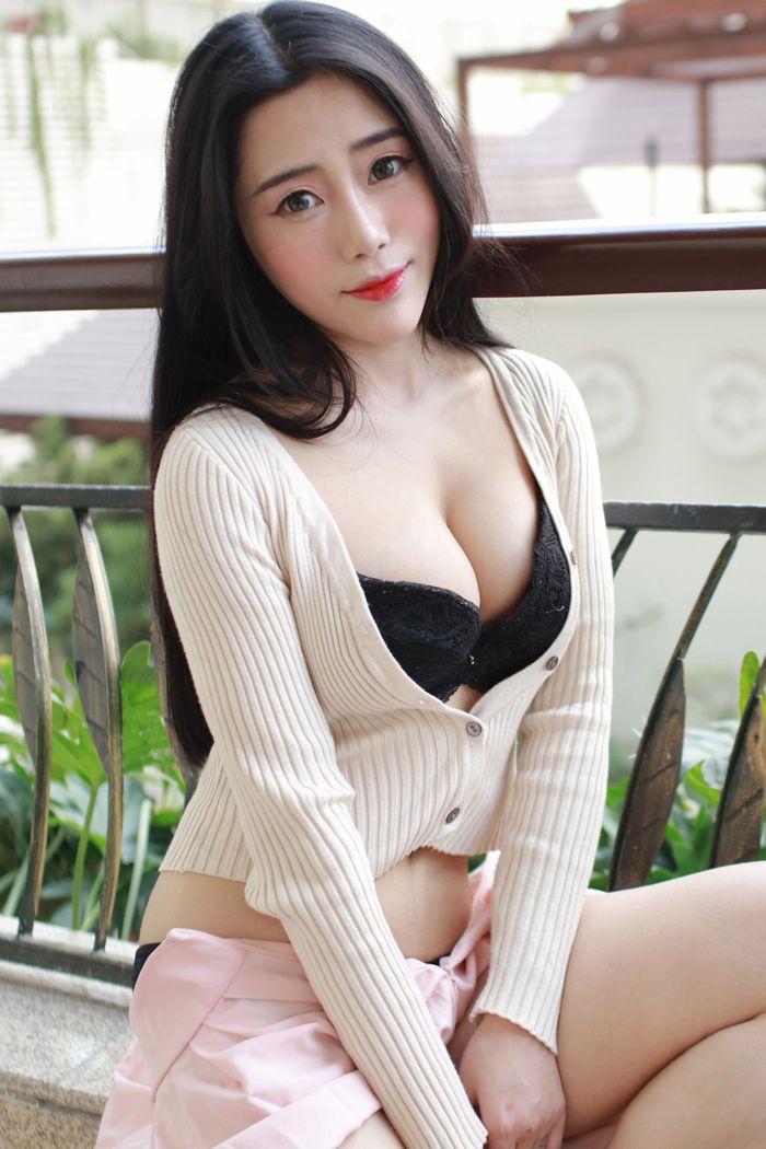 福利美图_极品美女猫咪兜豆性靓挤沟秀乳姿态万千