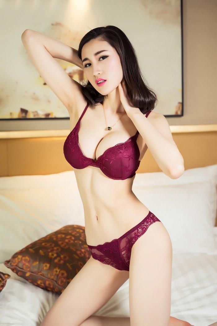 福利美图_劲爆大尺寸玫瑰女神芝芝艺术片似裸非裸看点足