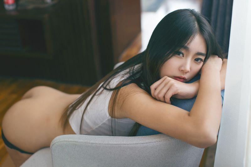 福利美图 丁裤美眉可乐薄纱遮胸性感诱惑势不可挡